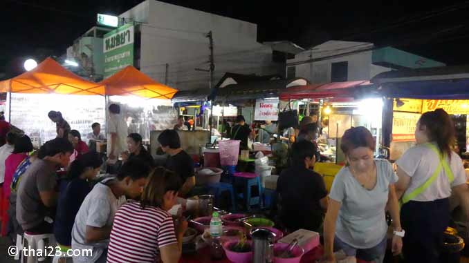 Night Market Surin
