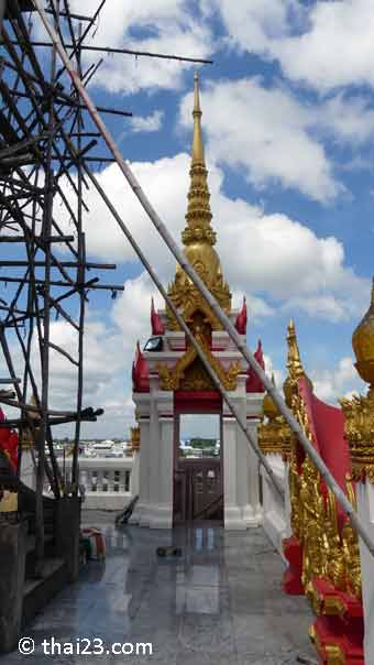 Ganz oben auf dem Wat Klang