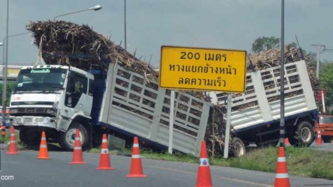 Zuckerrohr Transporte in Thailand